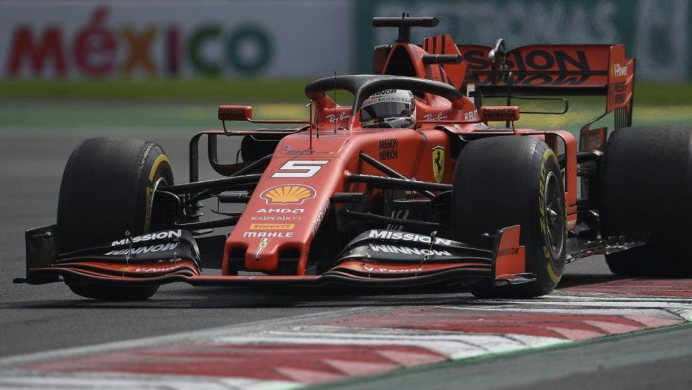 Den Wettquoten nach ist Vettel krasser Außenseiter - Bildquelle: FIROFIROSID