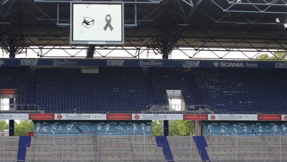 In der 3. Liga wird es eine Gedenkminute geben - Bildquelle: FIROFIROSID