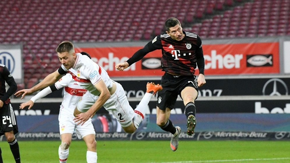 Lewandowski erzielt das 2:1 für die Münchener - Bildquelle: AFPSIDTHOMAS KIENZLE