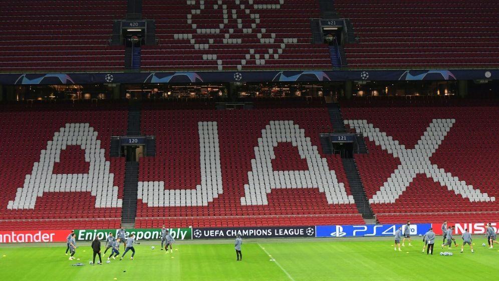 Bald wieder volle Ränge bei Topklubs wie Ajax Amsterdam? - Bildquelle: AFPSIDEMMANUEL DUNAND