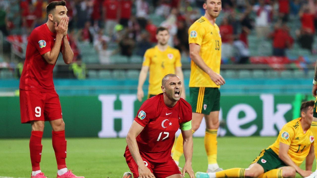 EM-Aus droht nach Pleite gegen Wales: Schwache Türken in der Einzelkritik - Bildquelle: Getty