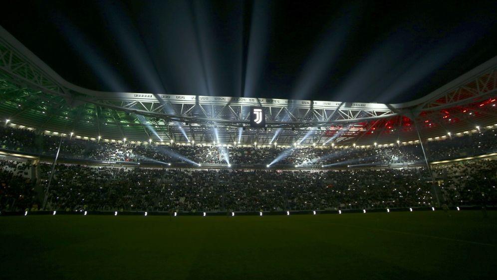 Italiens Fans dürfen sich wieder auf Fußball freuen - Bildquelle: PIXATHLONPIXATHLONSID