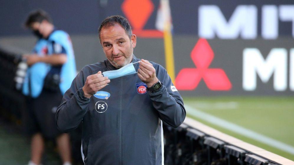 Schmidt scheiterte in der Relegation an Werder Bremen - Bildquelle: FIROFIROSID