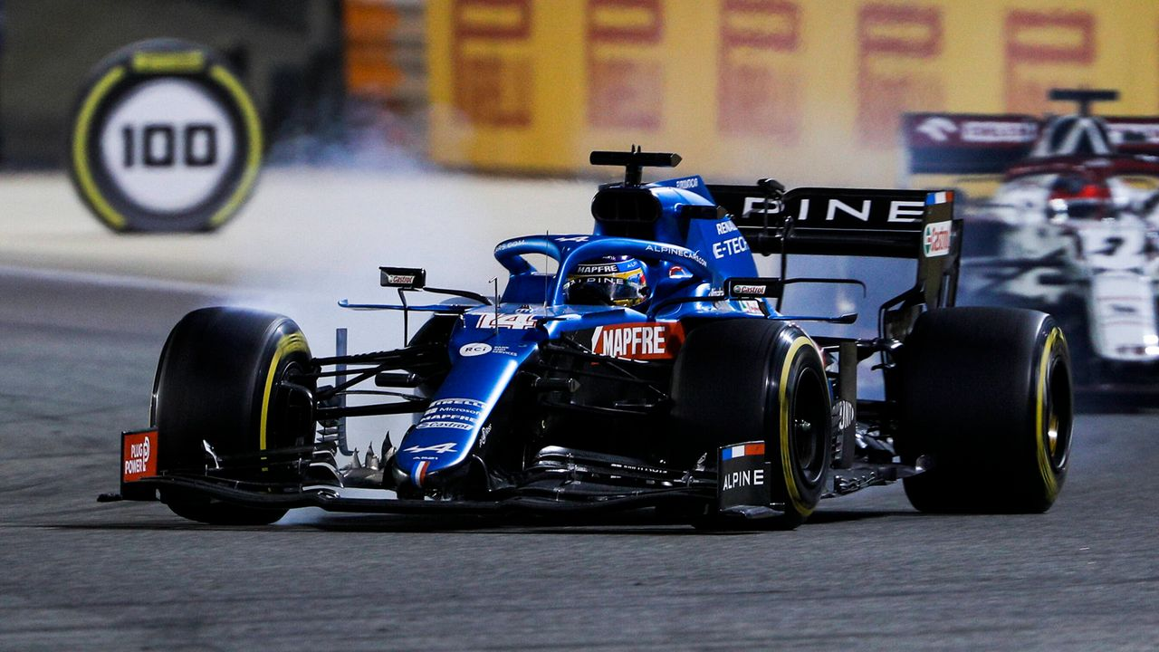 Fernando Alonso: Sandwichpapier beendet Comeback-Rennen - Bildquelle: imago images/HochZwei