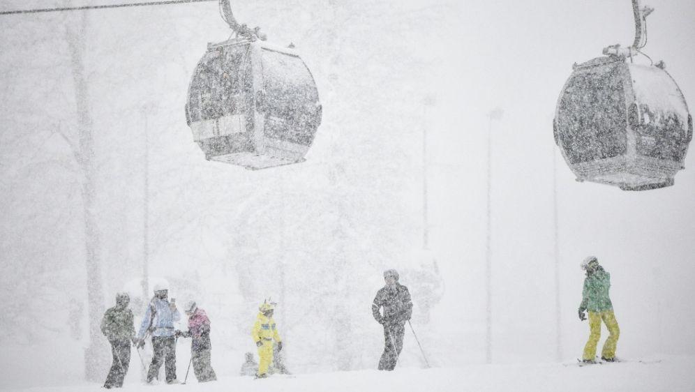Starker Schneefall im Skigebiet Rosa Chutor bei Sotschi - Bildquelle: AFPSIDALEXANDER NEMENOV