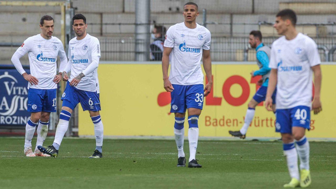 Absteiger FC Schalke 04 (12,1 Millionen Euro) - Bildquelle: imago images/RHR-Foto