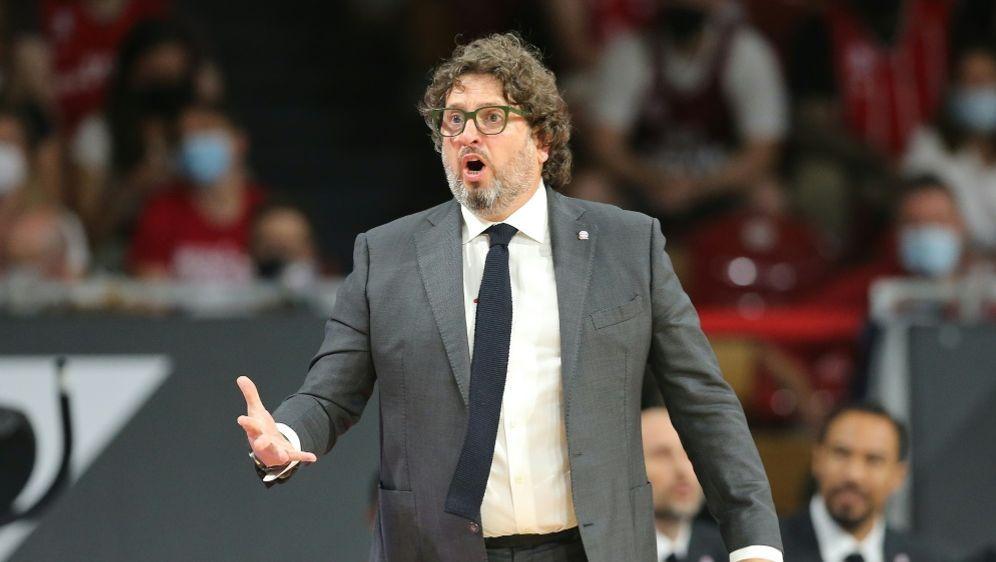 Andrea Trinchieri übt Kritik an seinen Spielern - Bildquelle: FIRO/FIRO/SID/