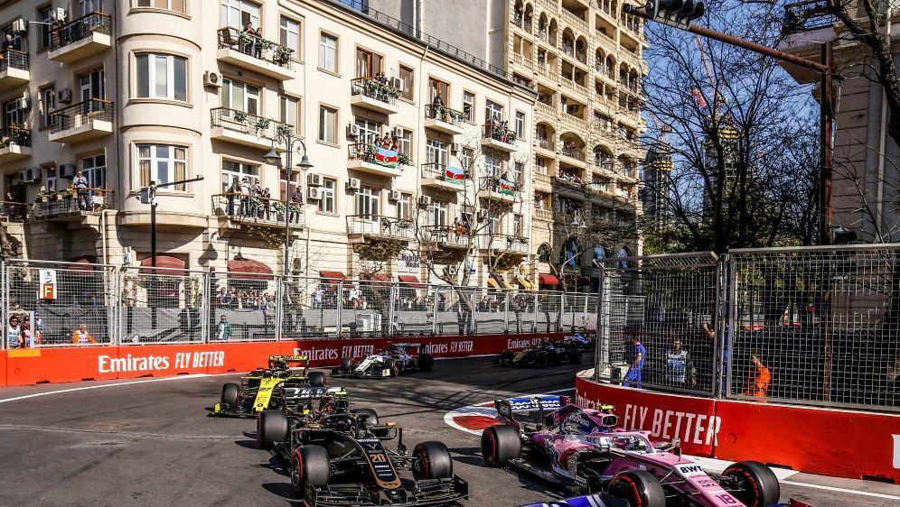 Auch der Grand Prix in Aserbaidschan wird verschoben - Bildquelle: PIXATHLONPIXATHLONSID