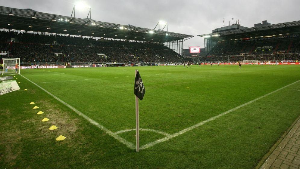 2226 Fans dürfen gegen Heidenheim zum Millerntor kommen - Bildquelle: FIROFIROSID