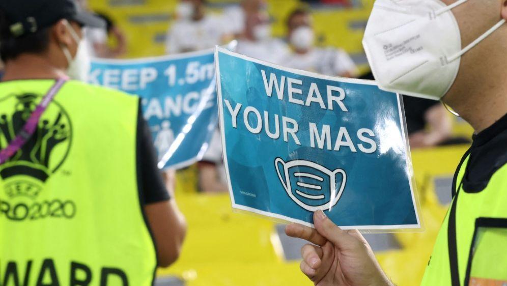 EM: Sicherheitskonzept der UEFA steht in der Kritik - Bildquelle: AFPPOOLSIDALEXANDER HASSENSTEIN