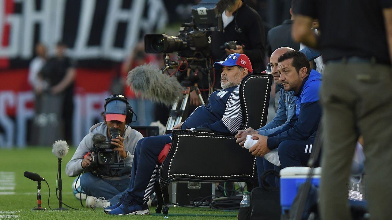 Diego Maradona: Ein Thron für einen Superstar   - Bildquelle: 2019 Getty Images