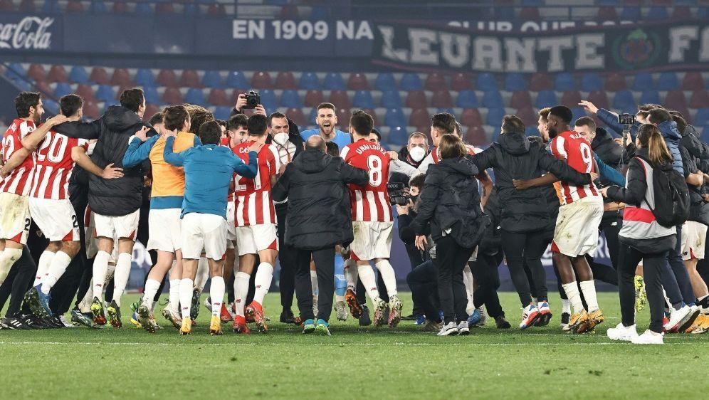 Athletic Bilbao bejubelt den doppelten Finaleinzug - Bildquelle: AFPSIDJOSE JORDAN