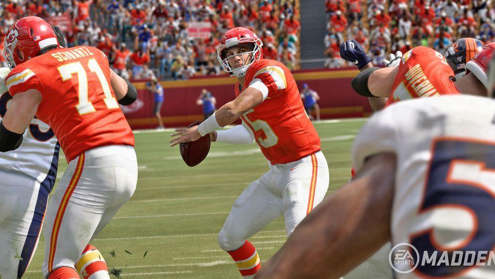 """In """"Face of Franchise: QB1"""" hat der Spieler die Chance, der nächste Patrick ... - Bildquelle: EA Sports"""