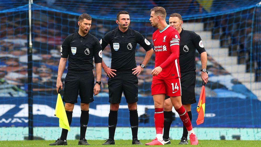 Jordan Henderson hatte den FC Liverpool vermeintlich zum Sieg geschossen, bi... - Bildquelle: 2020 Getty Images