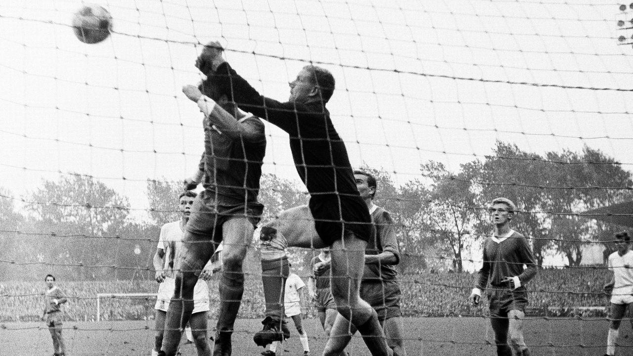 Horst Mühlmann - Als Fußballprofi in die USA gezogen - Bildquelle: imago