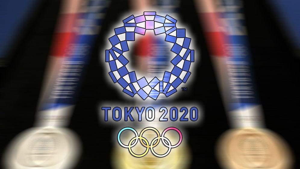 Die Medaillen für die Olympischen Spiele in Tokio 2020 wurden vorgestellt - Bildquelle: SID