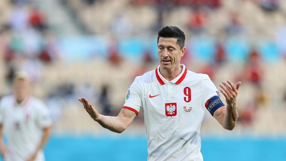 Lewandowski traf gegen Spanien per Kopf - Bildquelle: FIROFIROSID