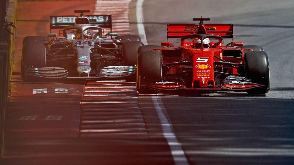 Vettel verlor in Kanada den Sieg durch eine Zeitstrafe für diese Aktion gege... - Bildquelle: imago 2019