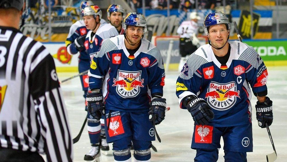 Ein Spieler pro Team wird mit einem Mikro ausgestattet - Bildquelle: GEPA PICTURESGEPA PICTURESGEPA PICTURESGEPA pictures Ulrich Gamel