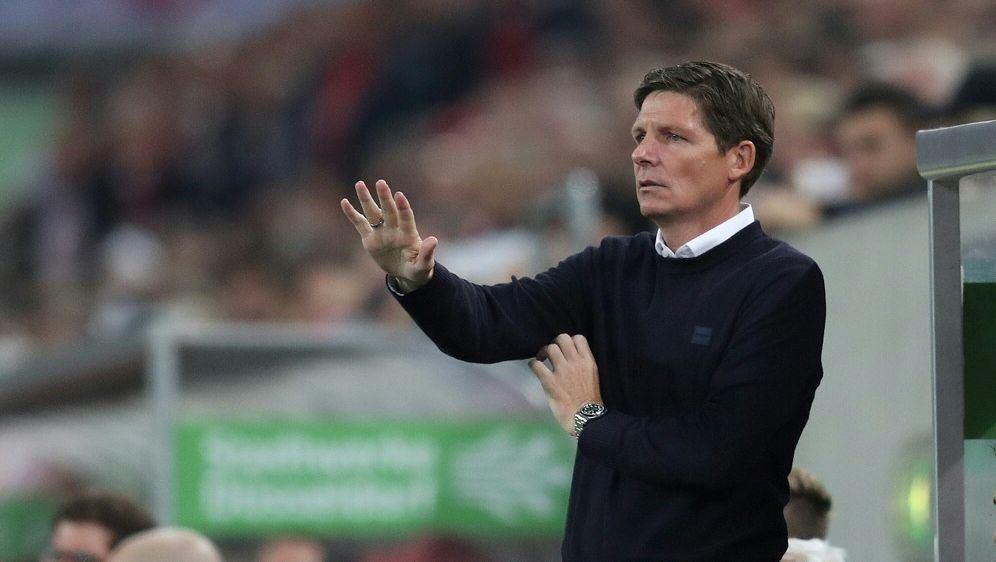 VfL-Coach Glasner schmunzelt über die Bundesliga-Tabelle - Bildquelle: FIROFIROSID