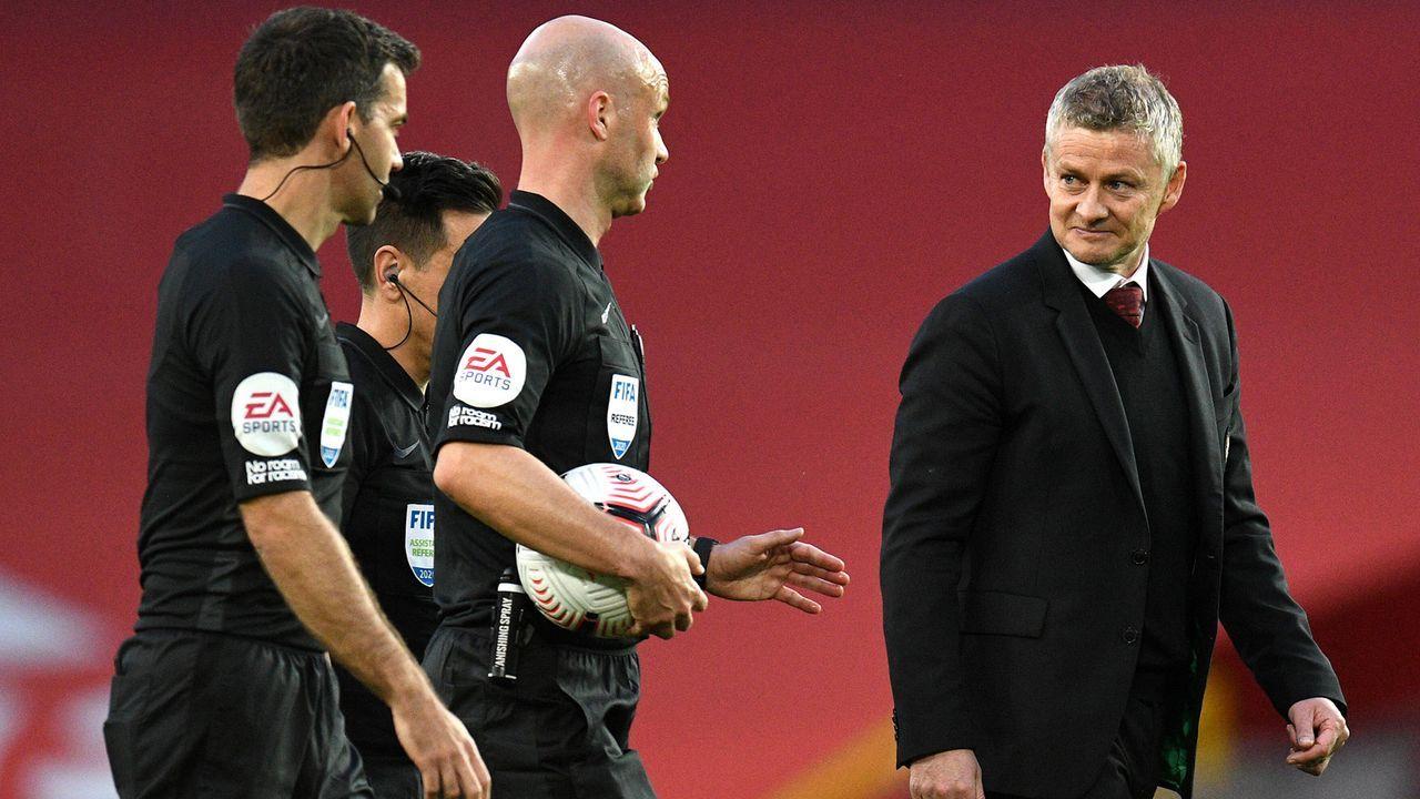 Manchester United Trainer Solskjaer fordert Spieler zum Meckern gegen Schiedsrichter auf - Bildquelle: imago images/PA Images