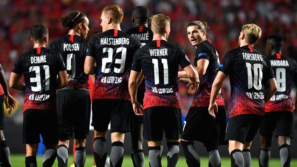 5 Pflichtspiele, 5 Siege: RB Leipzig ist in der laufenden Saison bislang vor... - Bildquelle: getty