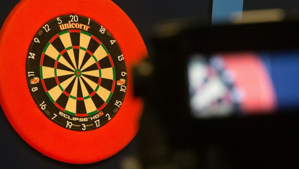 Darts-Profi für fünf Jahre gesperrt - Bildquelle: AFPSIDDANIEL LEAL-OLIVAS