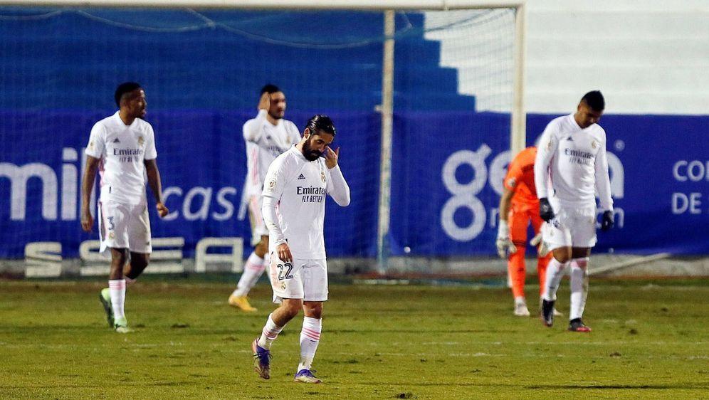 Real Madrid blamiert sich im Pokal bis auf die Knochen. - Bildquelle: imago images/Agencia EFE