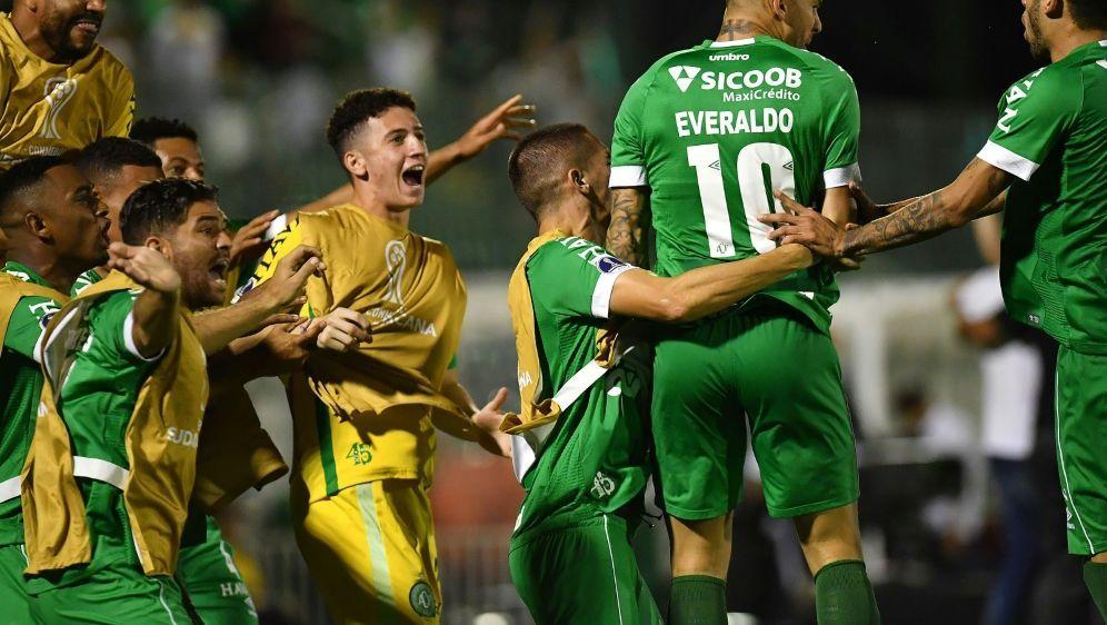 Brasilien: Chapecoense ist zurück in der ersten Liga - Bildquelle: AFPSIDNELSON ALMEIDA