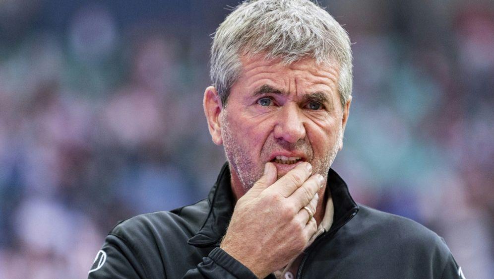 Friedhelm Funkel kritisiert den Umgang mit den Trainern - Bildquelle: AFPSIDROBERT MICHAEL
