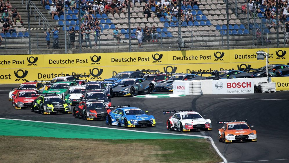 Die DTM absolvierte auf dem Lausitzring ihr 500. Rennen. - Bildquelle: imago images / eu-images