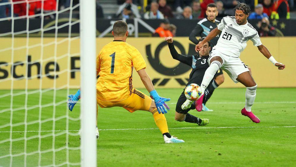 Die DFB-Elf ging 2:0 in Führung, gewann aber nicht - Bildquelle: getty