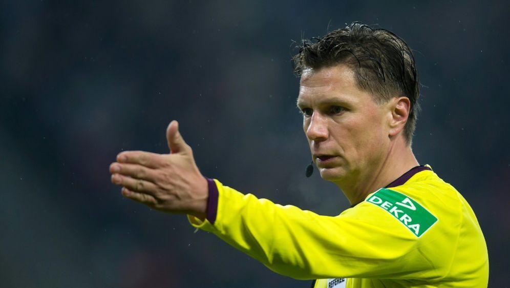 Kinhöfer pfiff selbst jahrelang in der Bundesliga - Bildquelle: PIXATHLONPIXATHLONSID