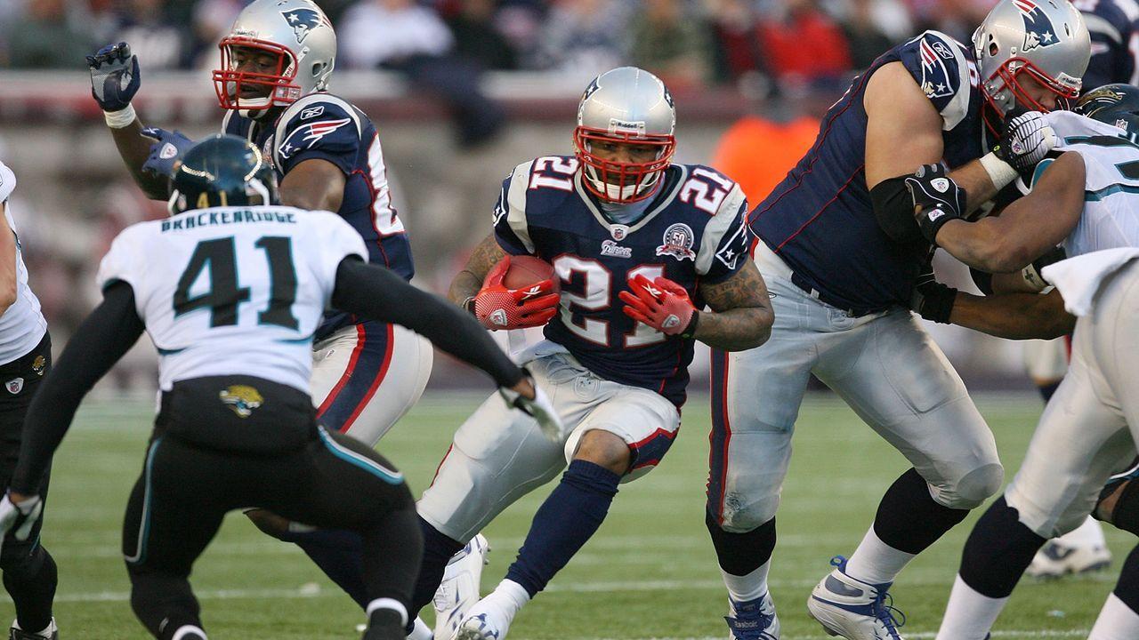 Jacksonville Jaguars at New England Patriots - 2 Stunden 36 Minuten  - Bildquelle: 2009 Getty Images
