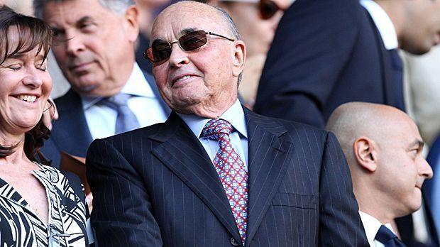Platz 3: Joe Lewis (Tottenham Hotspur) - 6,9 Milliarden Euro - Bildquelle: imago sportfotodienst