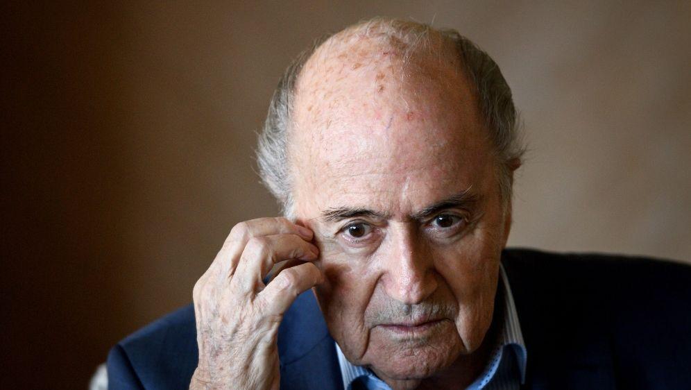 Sepp Blatter will in der Schweiz aussagen - Bildquelle: AFPSIDFABRICE COFFRINI