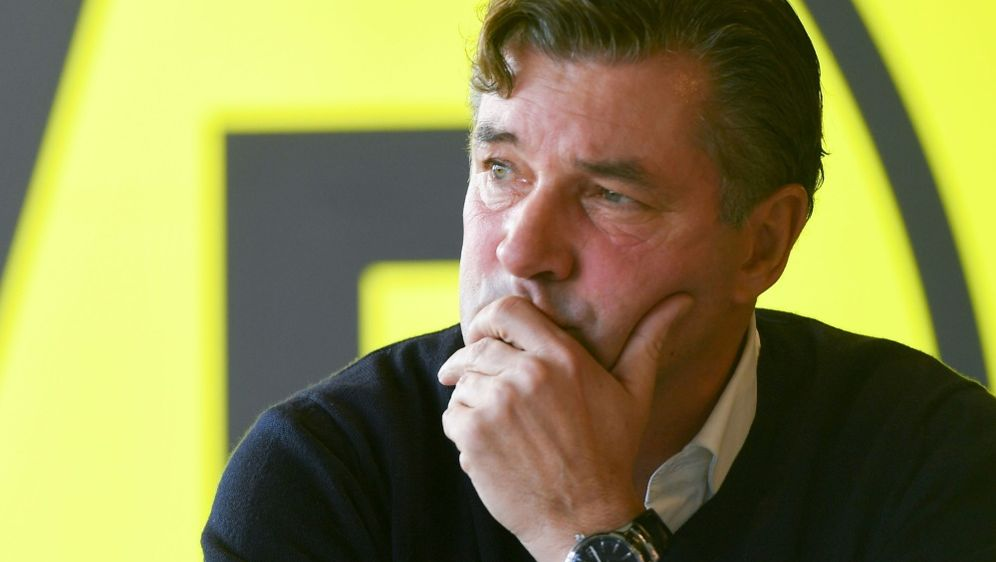 """Ärgert sich über die """"Nicht-Leistung"""" in München: Zorc - Bildquelle: AFPSIDPATRIK STOLLARZ"""