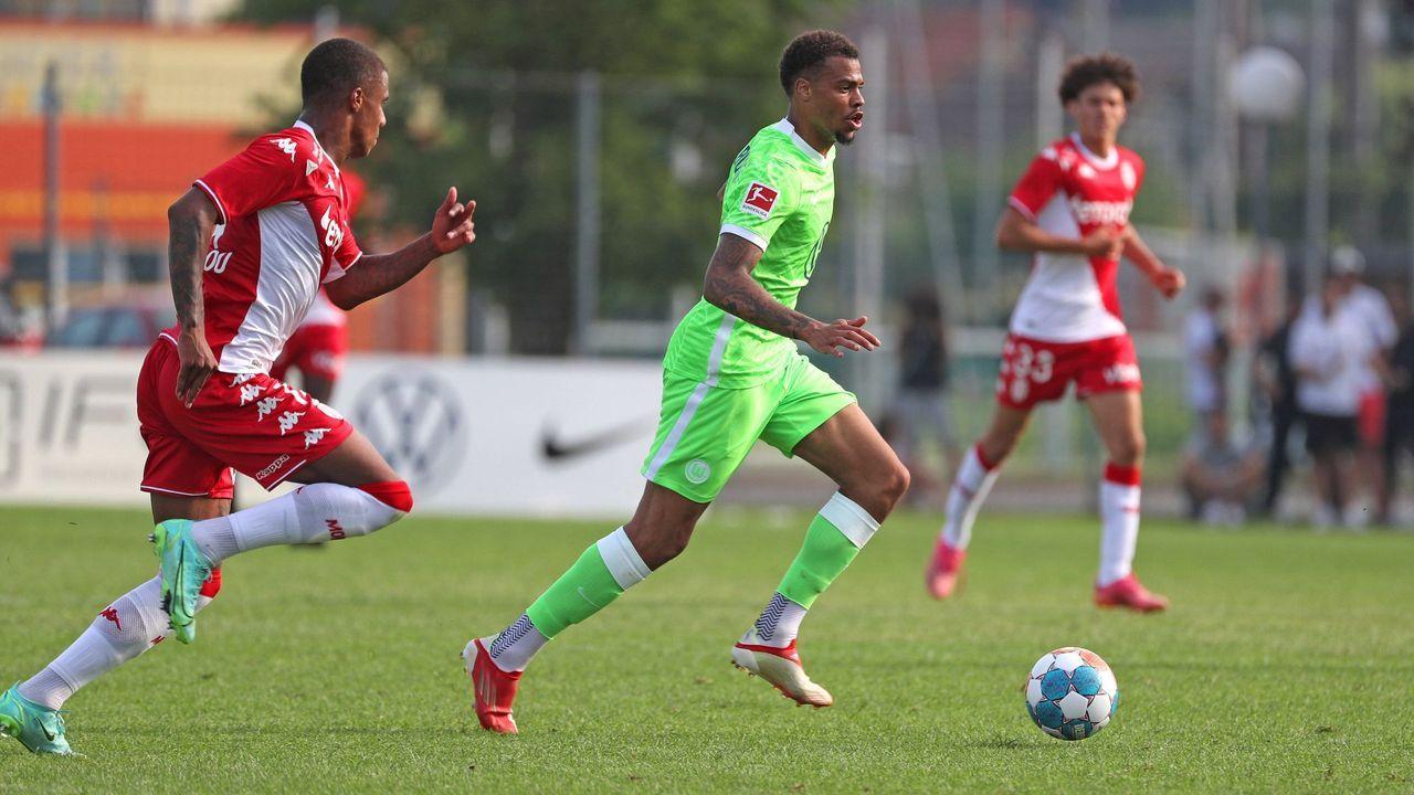 Lukas Nmecha (VfL Wolfsburg) - Bildquelle: imago