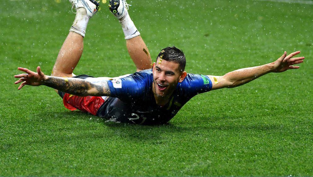 Willkommen, Rekordmann! Lucas Hernandez wechselt für 80 Millionen Euro von A... - Bildquelle: Getty Images