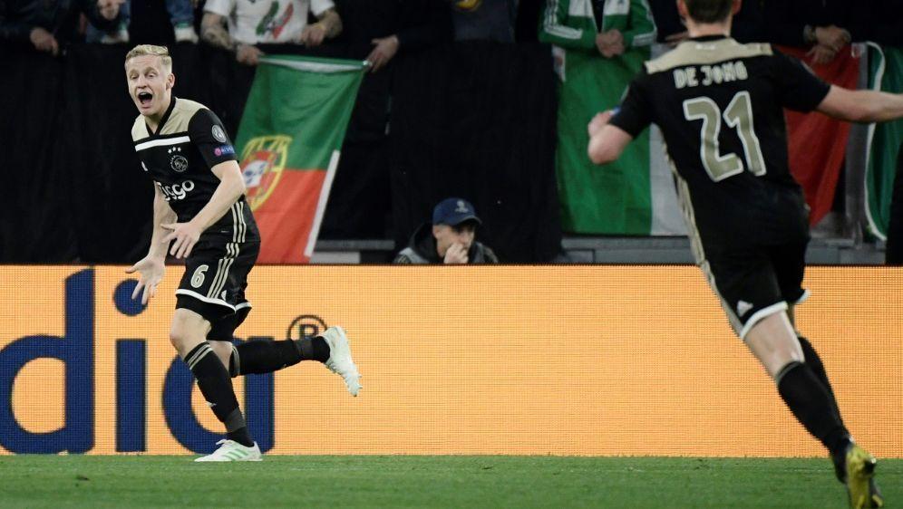 Erzielte das 1:1 gegen Juventus Turin: Donny van de Beek - Bildquelle: AFPSIDFilippo MONTEFORTE