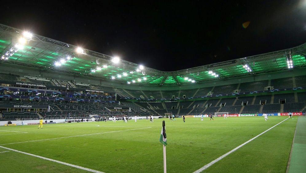 Maximal 23.000 dürfen in den Borussia-Park - Bildquelle: FIROFIROSID