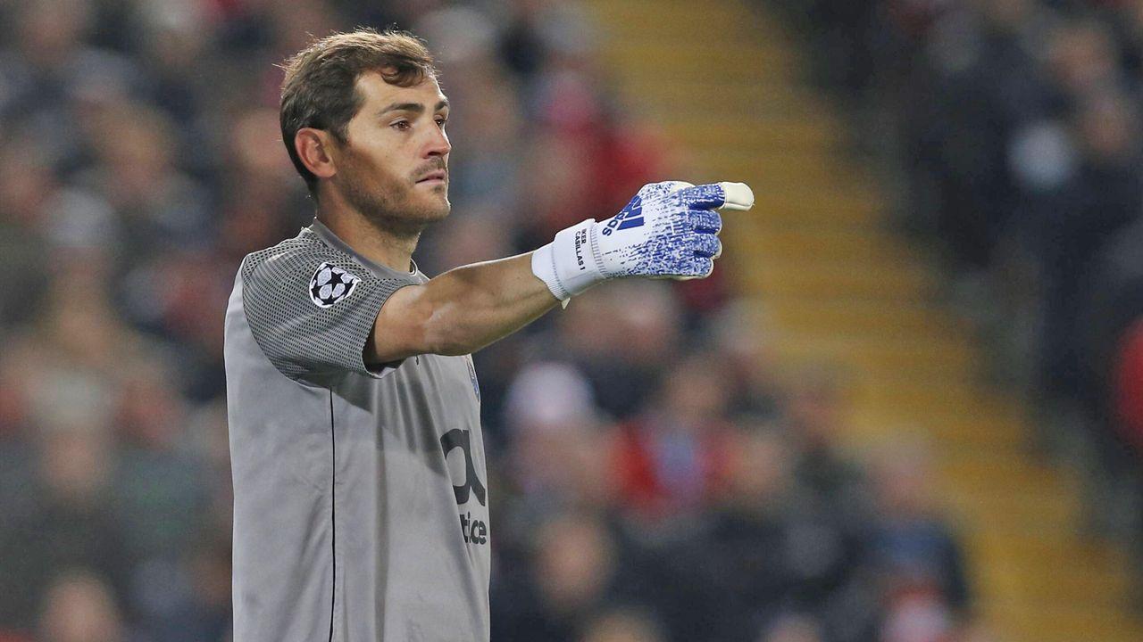 Iker Casillas (FC Porto) - Bildquelle: imago