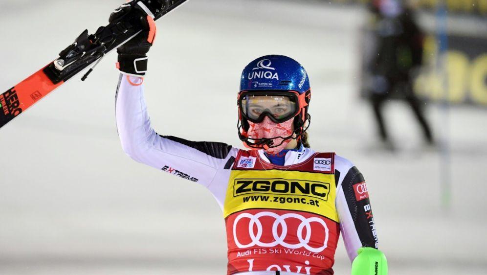 Vlhova liegt auch im zweiten Rennen zur Halbzeit vorne - Bildquelle: LehtikuvaLehtikuvaSIDJUSSI NUKARI