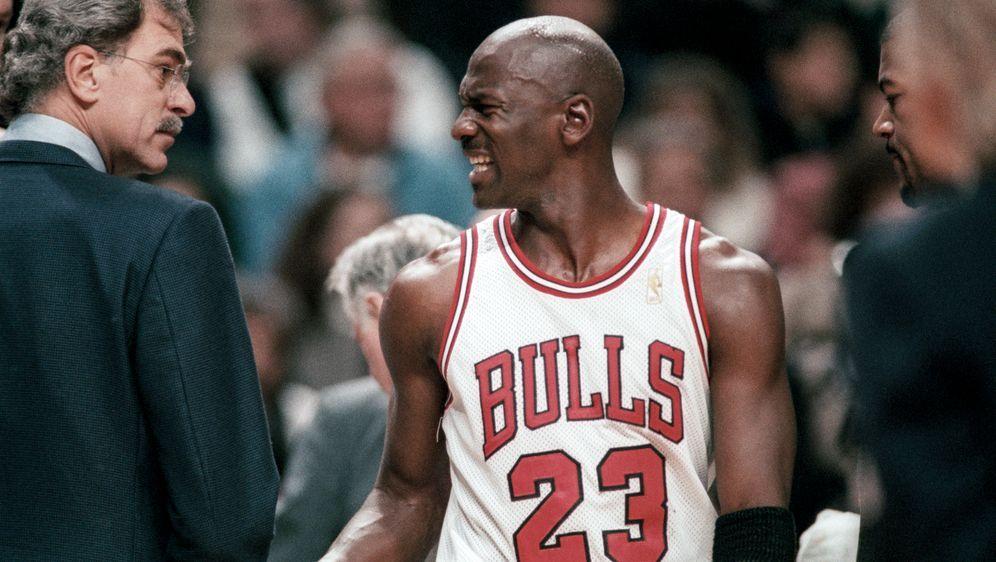 Michael Jordan führte die Bulls zu sechs Meisterschaften - Bildquelle: Imago