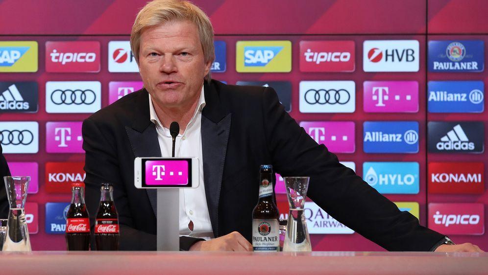 Oliver Kahn wurde beim FC Bayern offiziell vorgestellt - Bildquelle: getty