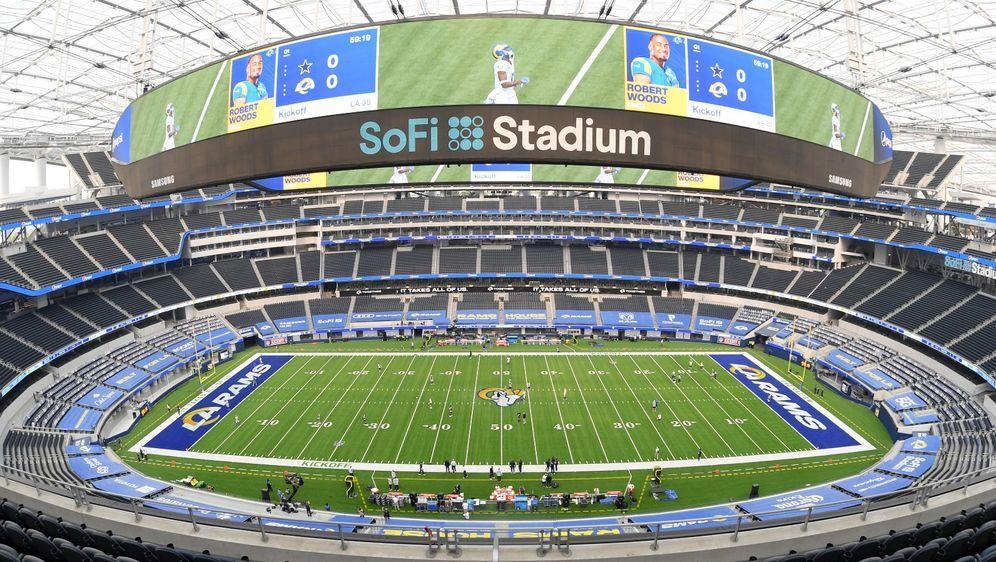 Im SoFi Stadium in Los Angeles findet der nächste Super Bowl statt. - Bildquelle: Getty