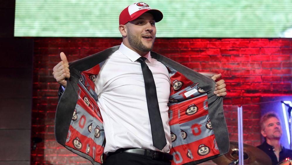 Die Verhandlungen zwischen Nick Bosa und den San Francisco 49ers ziehen sich... - Bildquelle: imago images / Icon SMI