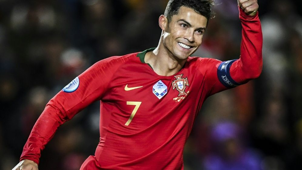Ronaldo qualifiziert sich mit Portugal für EM 2020 - Bildquelle: AFPSIDPATRICIA DE MELO MOREIRA