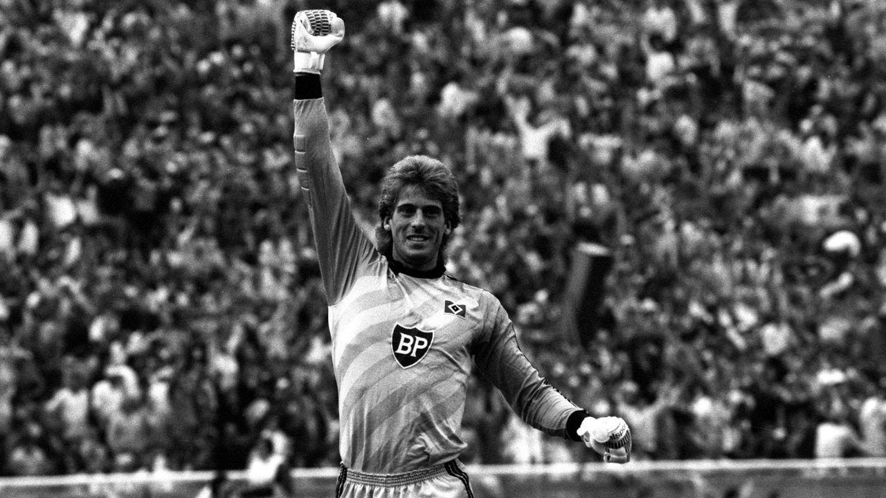 Platz 10: Uli Stein (Hamburger SV) - Bildquelle: Imago Images