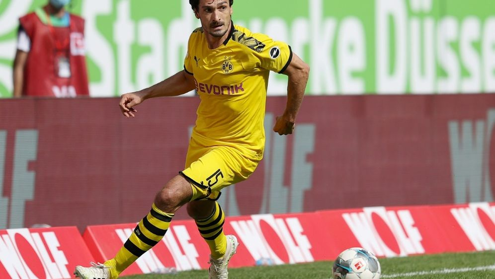 Die Bayern gehören für Mats Hummels zu den Topfavoriten - Bildquelle: FIROFIROSID